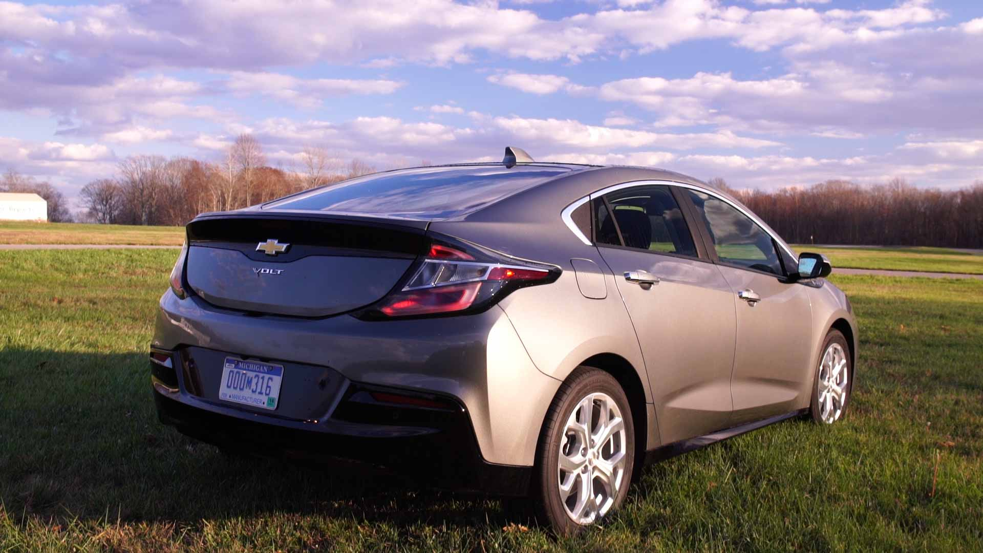AllNew 2016 Chevrolet Volt Extends Its Appeal  Consumer Reports