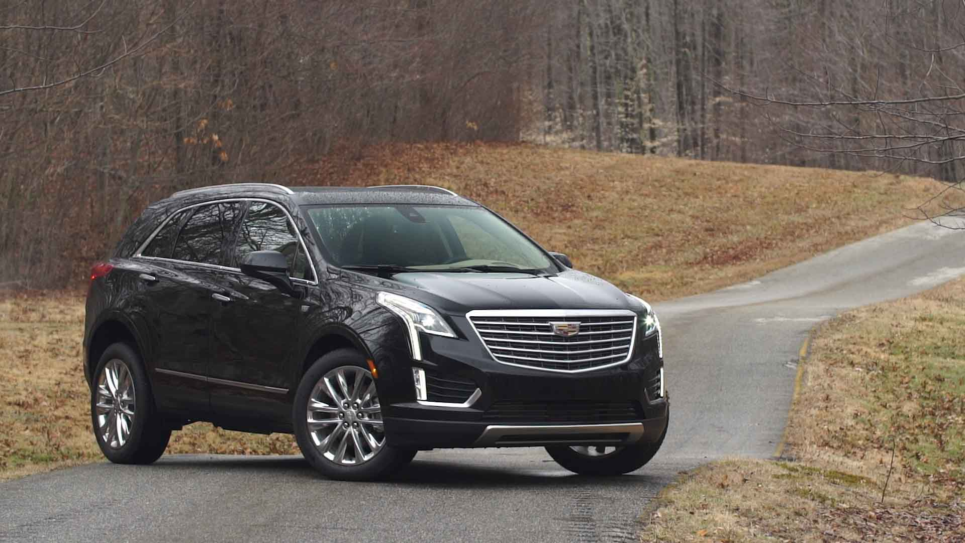 2017 cadillac xt5 ready for luxury suv fight consumer reports. Black Bedroom Furniture Sets. Home Design Ideas