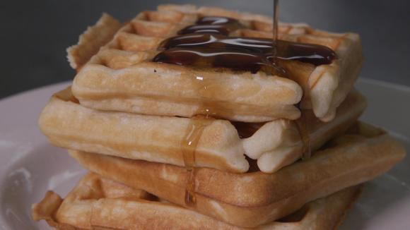 Best Waffle Makers and Maple Syrup