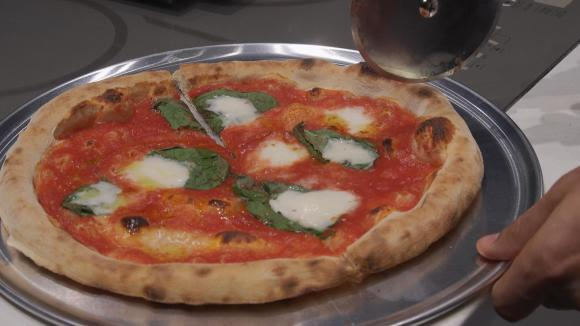 Home Pizza Ovens Promise Pizzeria-like Results
