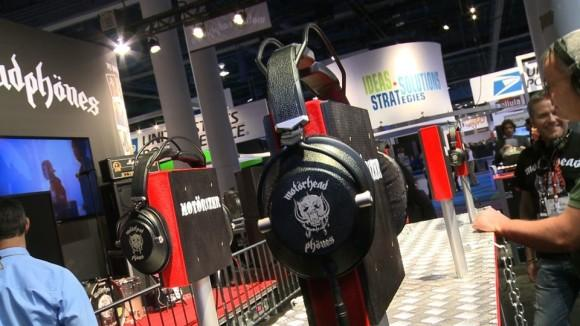 CES 2013: What's new in headphones and audio