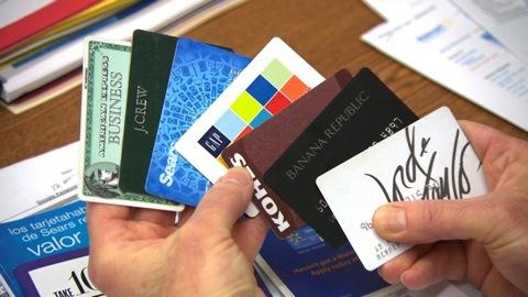 Store credit card pros & cons