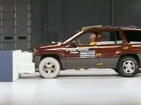 jeep grand cherokee 2011 2013 road test. Black Bedroom Furniture Sets. Home Design Ideas