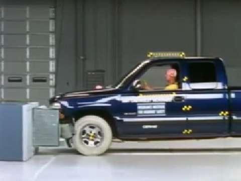 Chevrolet Silverado 1500 Classic crash test 2007