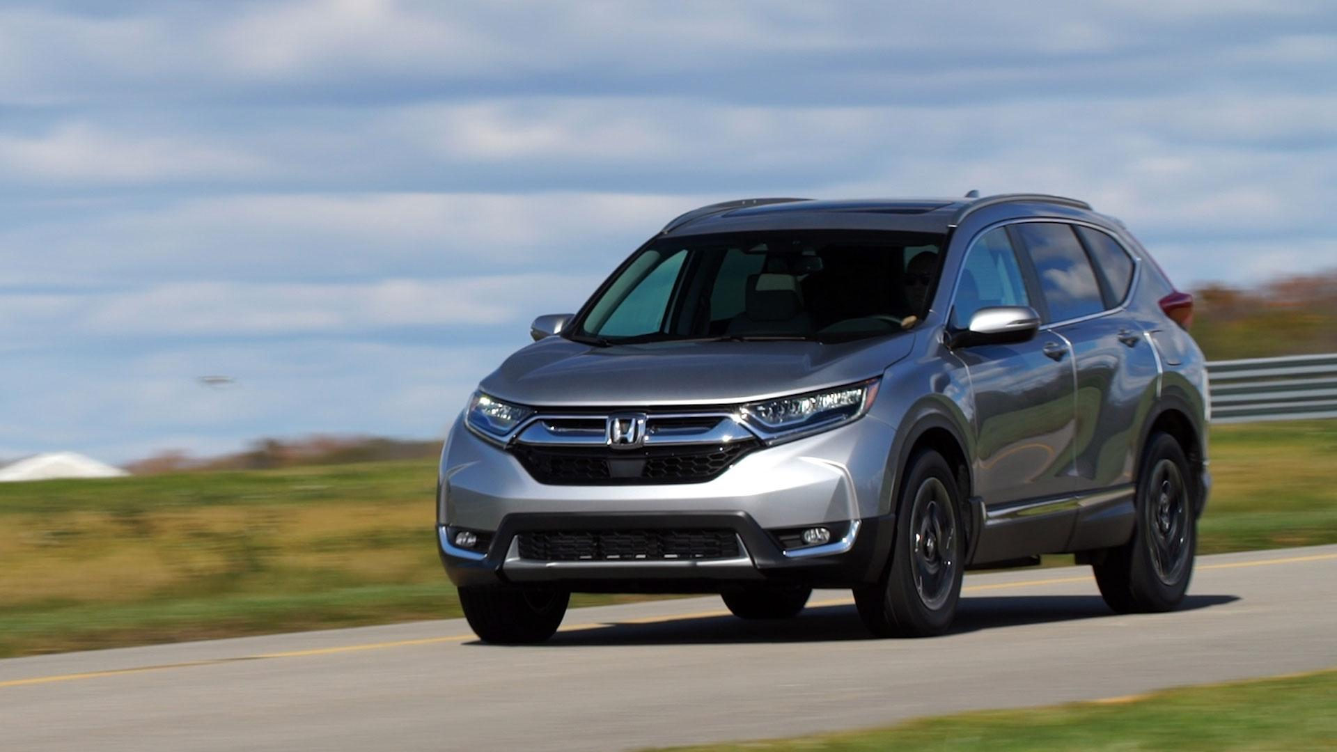 2017 honda cr v is bigger and better equipped consumer for Ford edge vs honda crv