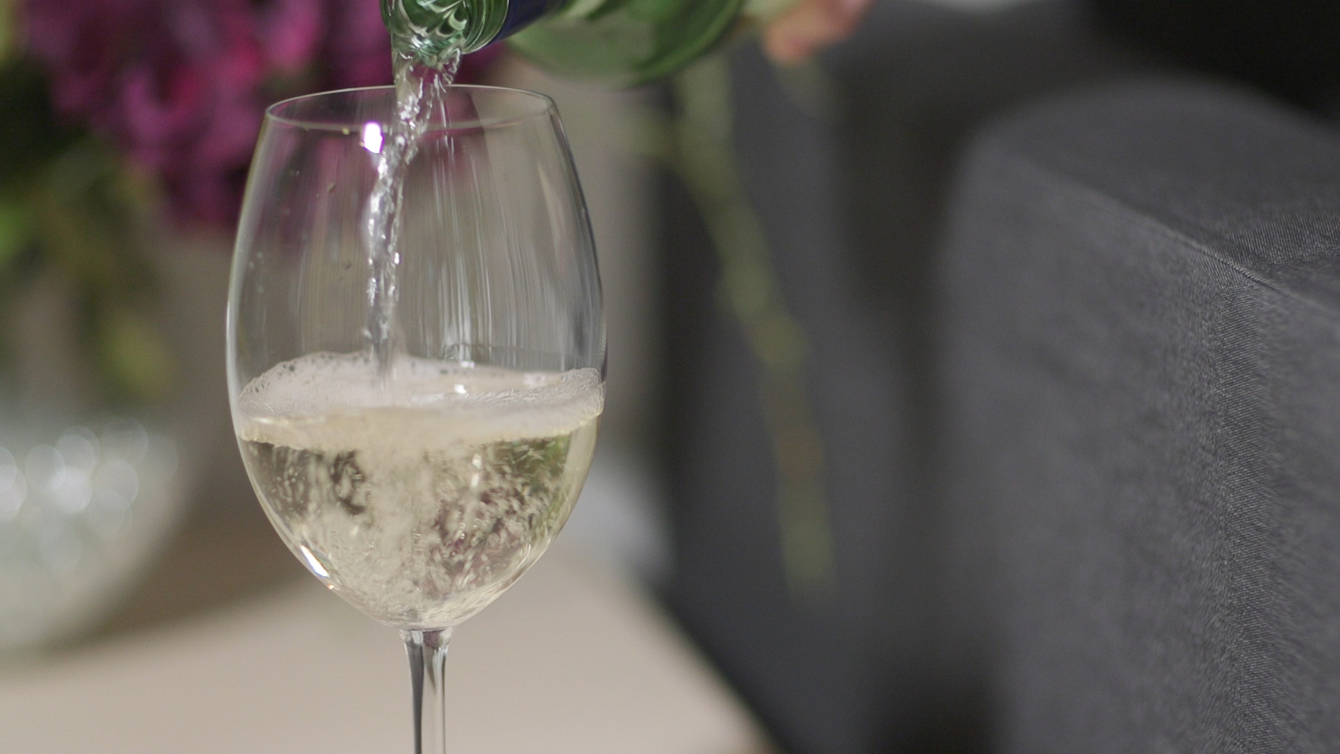 holiday stains getting out white wine - Consumer Reports Best Bathroom Cleaner