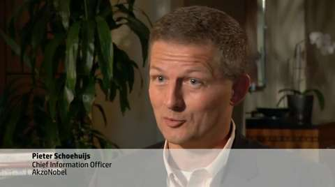 HP runs global IT infrastructure