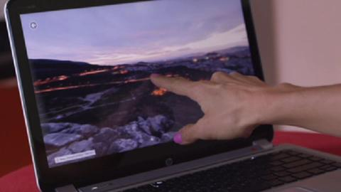 Tiffany tests the HP ENVY Touchsmart Ultrabook with Windows 8 (30sec video)