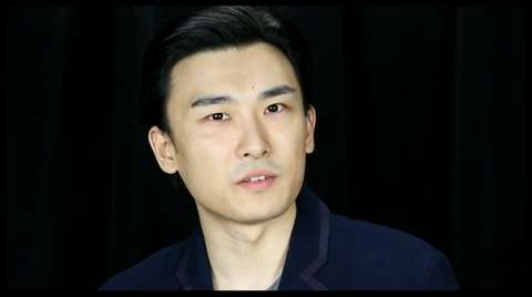 <I>The Dance and the Railroad</I>'s Yuekun Wu on Chinese Opera & Meeting His Role Model David Henry Hwang