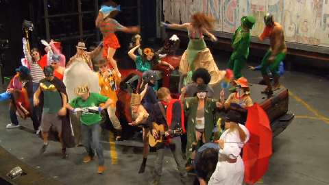 Mermaids, Cowboys & Trey Anastasio?! Exclusive Video of the Harlem Shake, <I>Hands on a Hardbody</I>-Style
