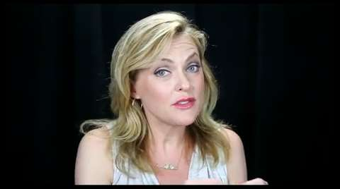 Elaine Hendrix Dishes All About Her 'Sexy, Naughty' and Surprising New Comedy <i>It's Just Sex</I>