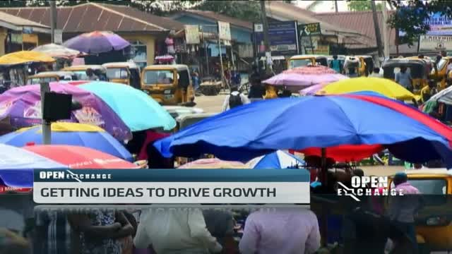 Nigeria's President hosts retreat to find solutions to economic recession