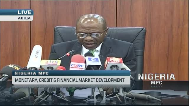 Nigeria central bank keeps rates on hold