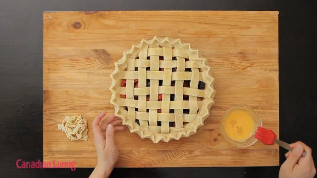 How to make a lattice top pie with this simple technique