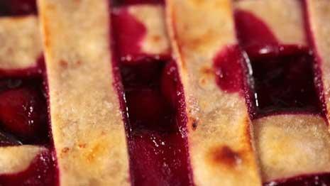 See how to make healthy pie crust