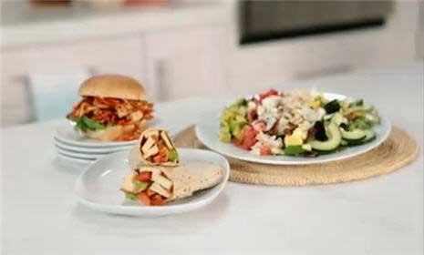 See 3 easy, healthy lunch ideas for work