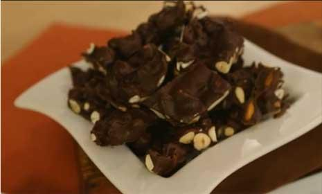 See 3 healthy chocolate desserts