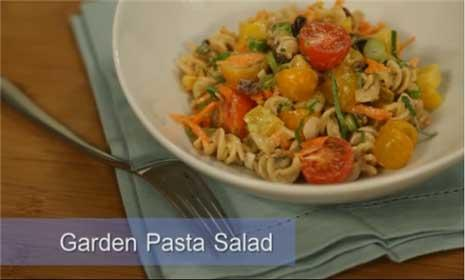 See how to make healthy pasta salad