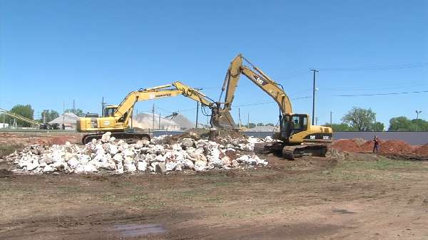 Oil, natural gas industry cleans up abandoned well site near Bricktown