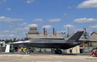 Lockheed - First F-35C Catapult Launch