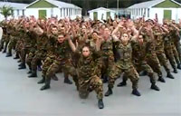 Soldiers Do the 'Haka' Dance