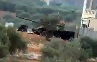 FSA Hammers Syrian Tank with RPG