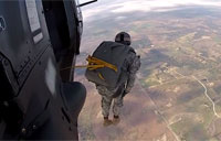 Soldiers Test New Parachute System