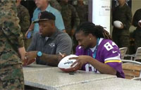 Pro Bowlers Help with Military Mural Project