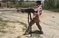 Iraqi 'Rambo' Dual Firing Machine Guns