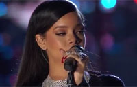 Rihanna, Eminem Perform at Concert for Valor