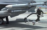 F-16 Fighter Jet: Hot Pit Refueling