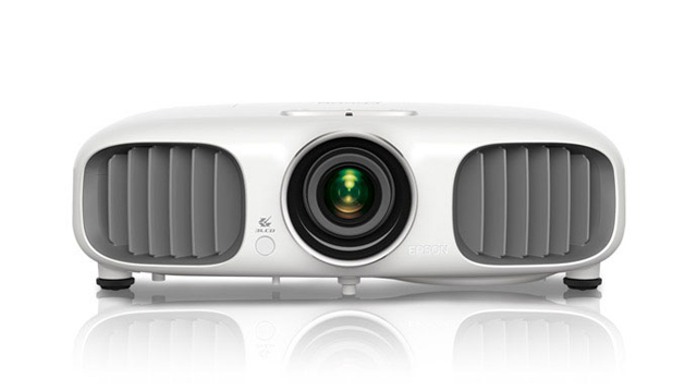 PowerLite Home Cinema 2D and 3D 3020 &amp; 3020e Projector Product  Overview