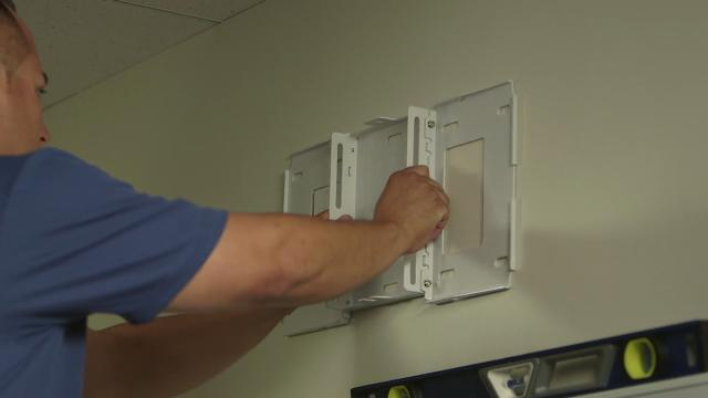BrightLink Pro 1430Wi Tutorial #5 - Interactive Display Installation Guide - Wall Mount Installation