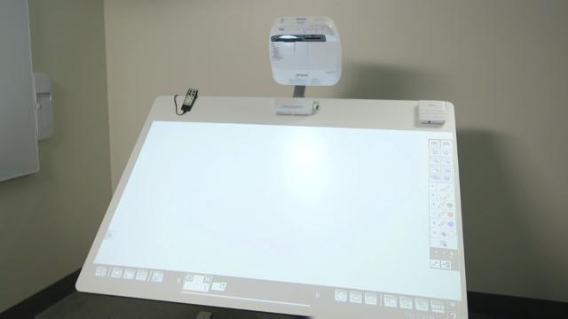 BrightLink Pro 1430wi  Tutorial #3 - Motorized Interactive Surface - Calibration
