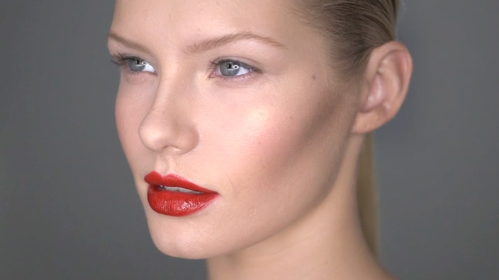 MAKEUP MASTERCLASS: THE POWER LIP