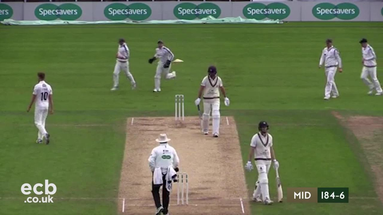 Highlights - Yorkshire v Middlesex Day 4